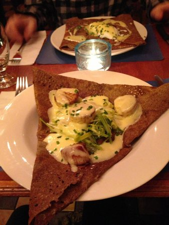 Le Billig Creperie-Bistro : la Cancalaise, with leeks and perfectly seared scallops