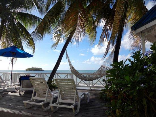 Villa Beach Cottages: Relax!