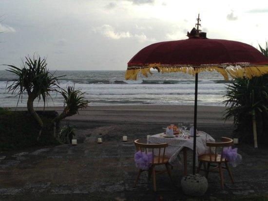 WakaGangga: Romantic dinner
