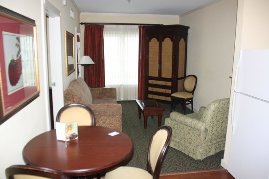 Lighthouse Inn at Aransas Bay : Living and dining area