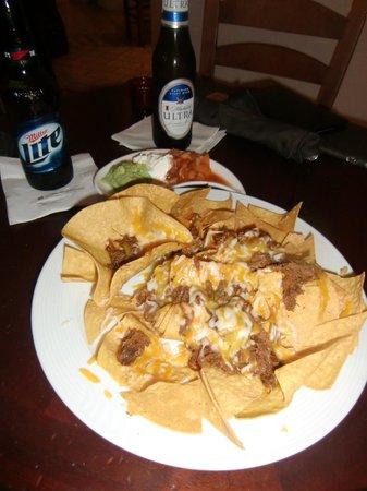 Wyndham Grand Rio Mar Beach Resort & Spa: BBQ Nacho's at Hotel Lobby Bar