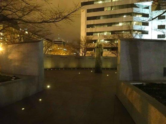 National Japanese American Memorial: Entering memorial from one side.