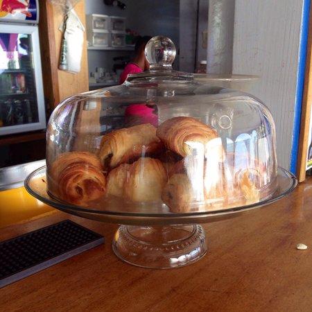 Romance Cafe : des croissants et des pains au chocolat