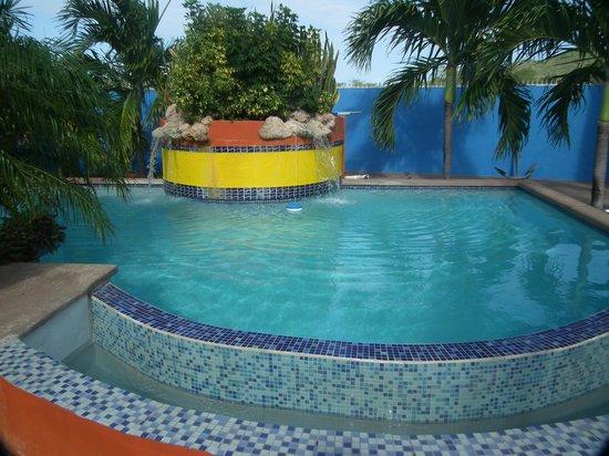 Nos Krusero Apartments: Pool View 2
