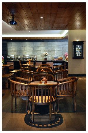 Sukajadi Hotel: Restaurant