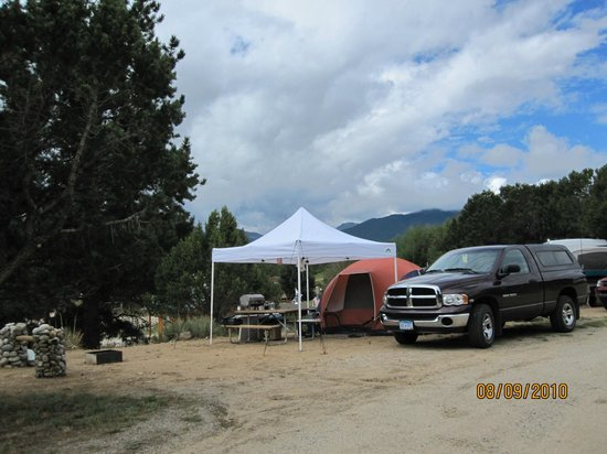Arrowhead Point Campground & Cabins: Group tenting