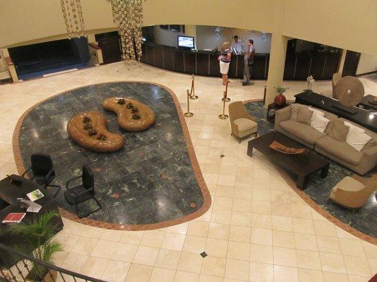Flamingo Beach Resort & Spa: lobby from upstairs, outside the casino