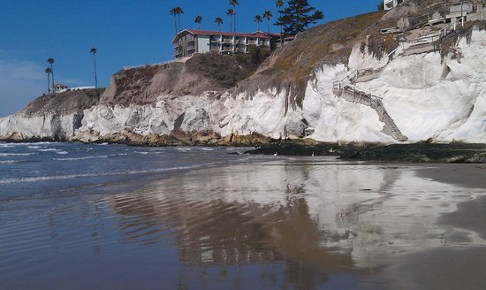 Pismo Coast Village RV Resort: Far end of Pismo Beach