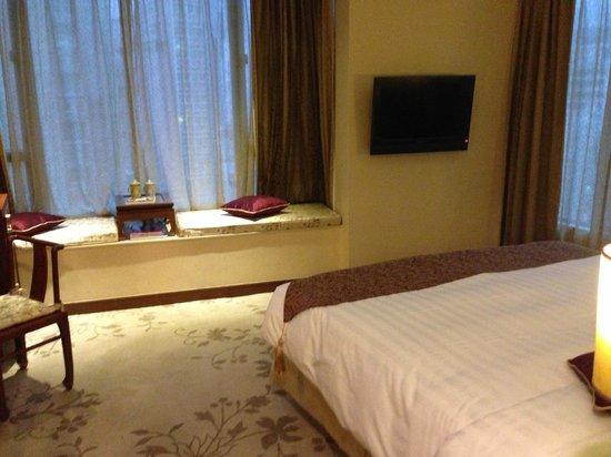 Lan Kwai Fong Hotel: sitting area