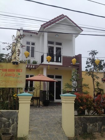 Viet's Family River - Hoi An Homestay : :D