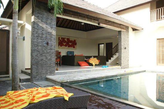 Lalasa Villas: View of the semi-open living area