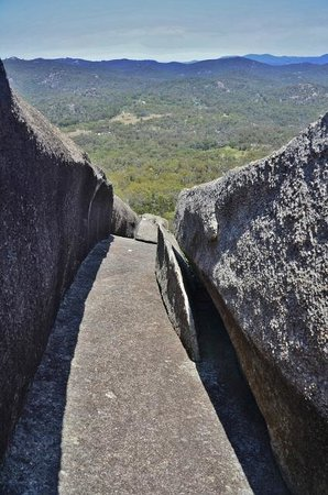 Girraween National Park: Part of the route to The Pyramid