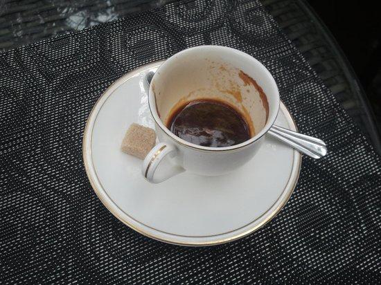 The Gardens: Yummy espresso!  Me likey :)