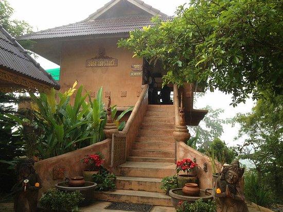 Monmaen Resort & Spa: Restaurant