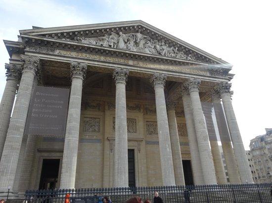 Panthéon: Exterior 2