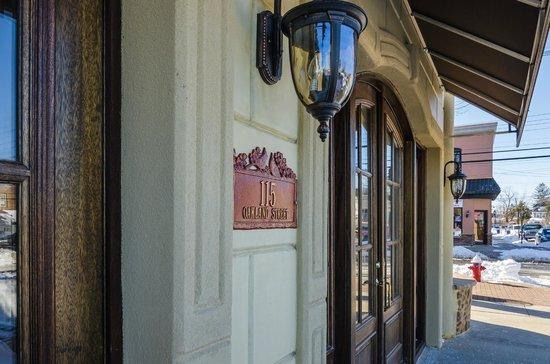 San Remo Restaurant: 115 Oakland St.