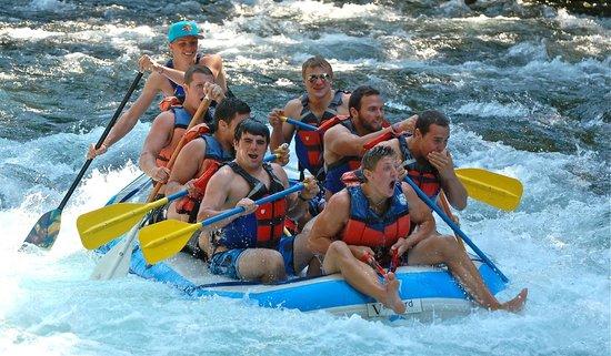 Oregon Whitewater Adventures : McKenzie River, Springfield Oregon