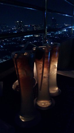 Flow - Millennium Hilton Bangkok: That is supposed to be LONG ISLAND ICE TEA.. which is not on the menu list.