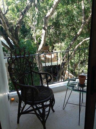 Hotel La Semilla: Garden view balcony