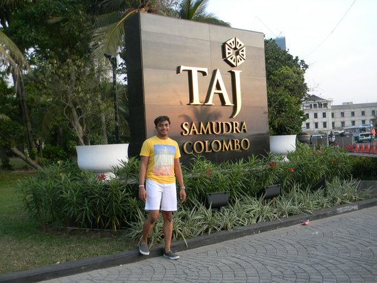 Taj Samudra Colombo: The enterance