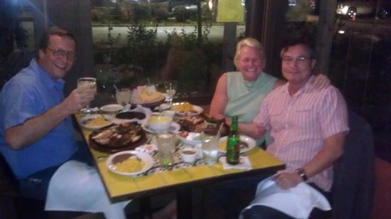 Ninfa's on Navigation: Great dinner with good friends