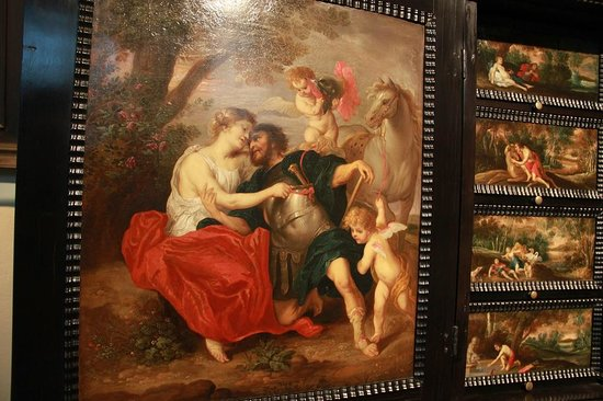 Rubens House (Rubenshuis) : Роспись на мебели в доме Рубенса
