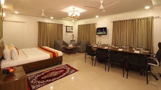 Hotel Royal Park Residency: Royal Suite