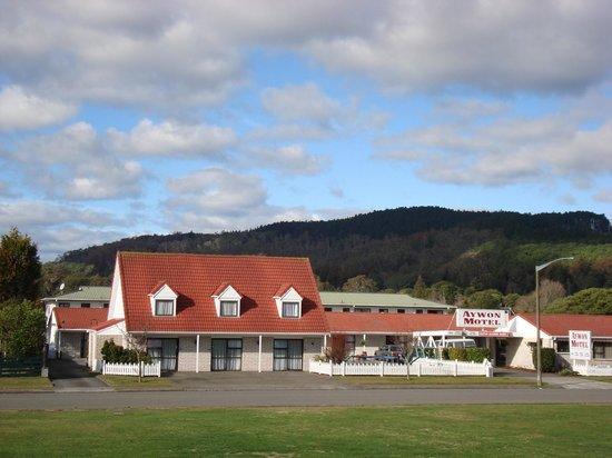 Aywon Motel