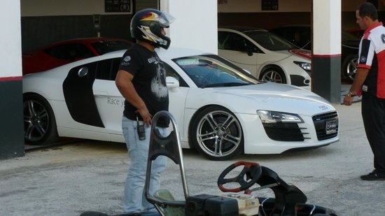 Exotic Rides Mexico: My friend sad that we are passing on R8 for karts