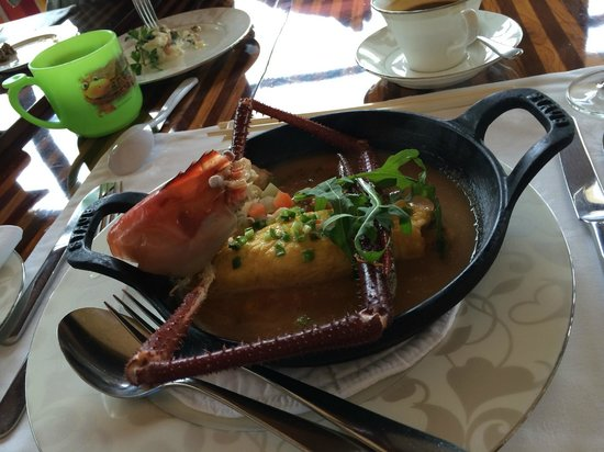 The St. Regis Bali Resort: Free Breakfast - Lobster Omelet