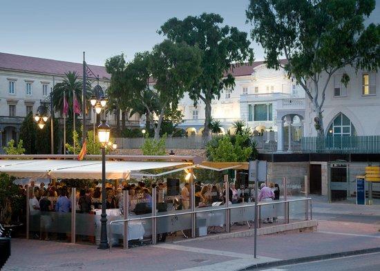 Los Habaneros: Terraza del hotel
