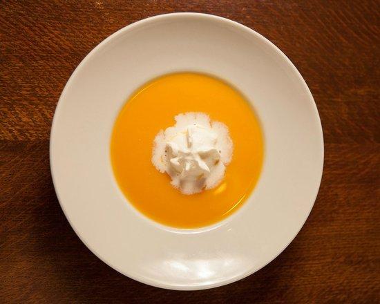 Le Vieux Four : Velouté de butternut et chantilly au lard