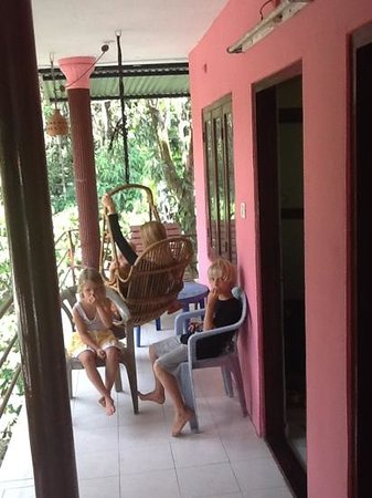 Jungle Paradiso: balcony hangout with the forest view