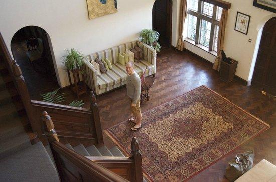 Giraffe Manor: Main Entrance Hall