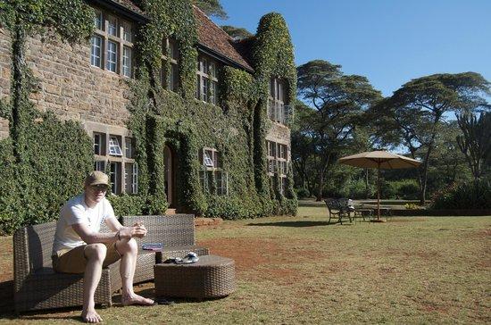Giraffe Manor: Front of the Manor