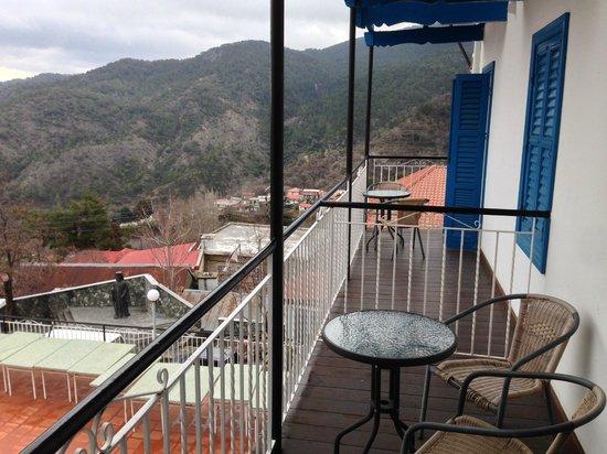 Elyssia Hotel & Restaurant: вид с балкона номера