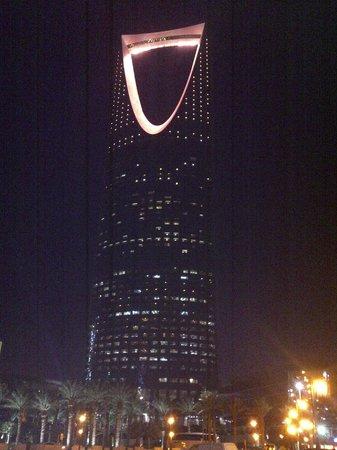 4season Riyadh By Night Picture Of Four Seasons Hotel Riyadh At Kingdom Centre Tripadvisor