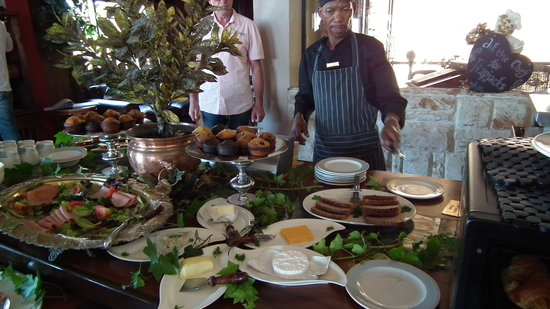 Misty Waves Boutique Hotel Hermanus : Buffet Breakfasts for our guests