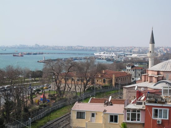 Deniz Houses: View of Marmara Sea from the Balcony
