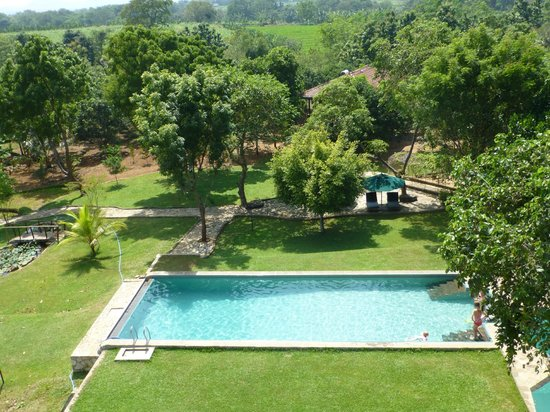 Kalu's Hideaway: pool
