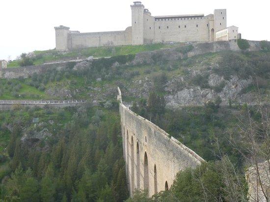 The Tower's Bridge : Ponte delle Torri, Spoleto