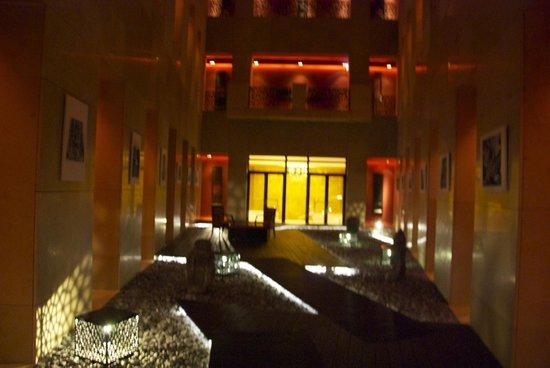 Buddha-Bar Hotel Budapest Klotild Palace: ground floor of the patio