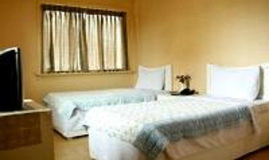 Kingsway Inn: Double Bed Room
