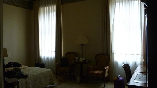 Ostoya Palace Hotel : spacious room, wardrobe, mirrors, kettle all out of shot!