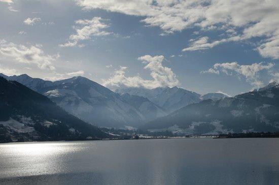 Grand Hotel Zell am See: Unsere Aussicht vom Zimmerbalkon