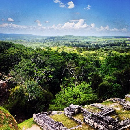 Xunantunich : Loved The Temple Views!
