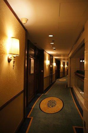Island Shangri-La Hong Kong : Grand Corridor