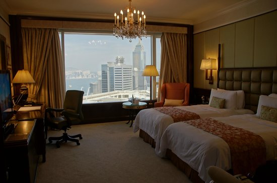 Island Shangri-La Hong Kong: Deluxe Harbour View Room