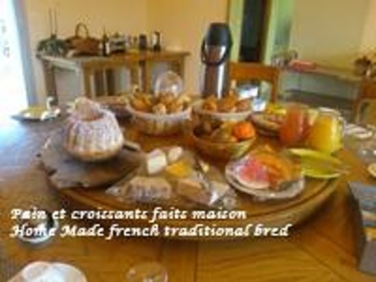 Relais de l'Alsou : home made all you can breakfast