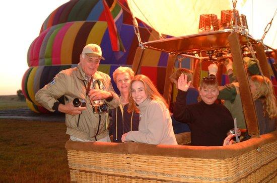 Bill Harrop's Original Balloon Safaris: Ready for take-off at Harrop's